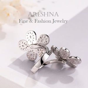 Areshna Jewelry - 25ct Floral Swarovski Crystals Cocktail Ring